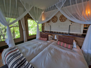 Savuti Camp tent